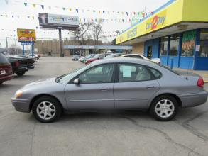 2006 Ford Taurus Omaha NE 797 - Photo #1